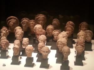 romerska och grekiska huvuden